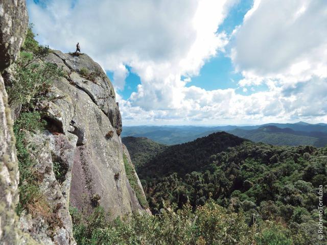 Perfil Pedra Bonita em Gonçalves MG. Roteiro realizado pela Mantiqueira Ecoturismo, agência de turismo que realiza passeios, trilhas e caminhadas em Gonçalves Mg na Serra da Mantiqueira